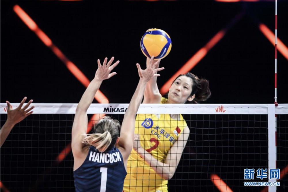 排球——世界女排联赛:中国队战胜美国队